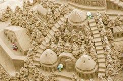 Sandcastle na plaży podczas letniego dnia Londyn 28 05 2016, Zdjęcia Royalty Free