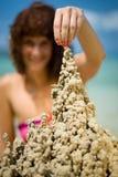 Sandcastle sulla spiaggia Fotografia Stock