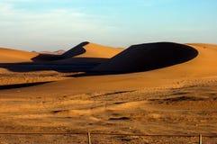 Sanddünen in der Kalahari-Wüste Stockfotos