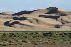 Sanddunes i öknen Gobi arkivfoton