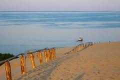 Sanddyn på Curonianen som spottas i Litauen fotografering för bildbyråer