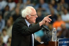 Sanders της Bernie συνάθροιση σε Άγιο Charles, Μισσούρι στοκ εικόνες