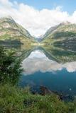Sandevatnet κοντά σε Odda, Νορβηγία Στοκ Εικόνες