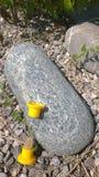 "Sandglass am Stein-â ""– 2 lizenzfreies stockfoto"