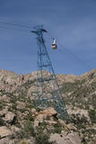 Sandia-Tramauto am Turm - vertikale Orientierung stockbilder