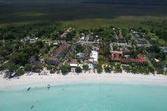 SANDIG HIMMEL overksamma Awhile ResortNEGRIL JAMAICA för HOTELLCOCO LAPALM Arkivbilder
