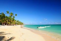 sandig karibisk semesterort för strand Arkivfoto