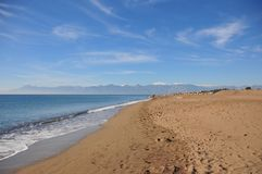 Sandig strand i Antalya Royaltyfria Foton
