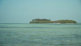 Sandig vit strand philippines Arkivfoton