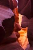 Sandige Schlucht der bunten Blöcke in der Harmonie der Natur stockfotografie