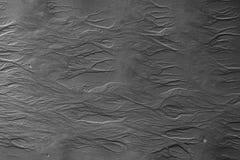 Sandoberfläche mit ungewöhnlichen Mustern Wässern Sie gemachte Bilder auf einem Sand während Ebbe Rebecca 6 Stockbilder