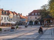 SANDOMIERZ POLEN - OKTOBER 16: Del av den gamla staden på oktober 16, Arkivbild