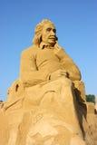 Sandskulptur av Albert Einstein Arkivfoto