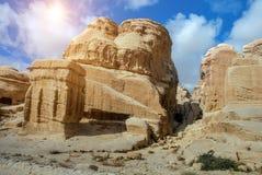 Sandstein schaukelt in die alte Stadt von PETRA jordanien Lizenzfreie Stockbilder