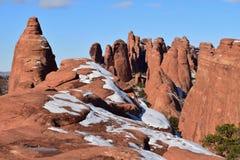 Sandsteinformationen - Kontraste in der Farbe Lizenzfreie Stockfotografie