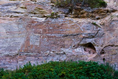 Sandsteinklippen in Estland Stockfotos