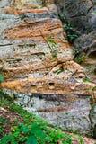 Sandsteinklippen mit Aufschriften Stockfotografie
