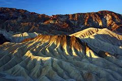 Sandstenkullar av Death Valley Arkivfoto
