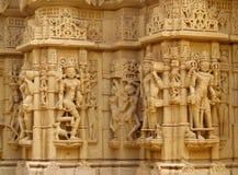 Sandstenskulpturer av folk i Indien Royaltyfria Bilder