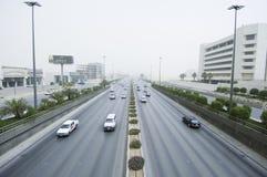Sandstorm i den Riyadh staden Arkivfoto