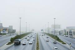 Sandstorm i den Riyadh staden Arkivfoton