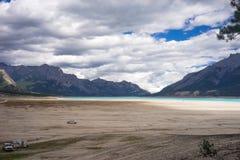 Sandstrand av Abraham Lake Arkivfoton