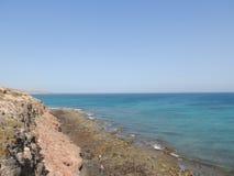Sandstrand und tropischer Seesommerozean stockfoto