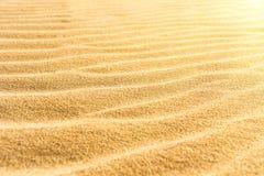 Sandtextur på stranden Royaltyfria Foton