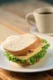 Sanduíche & chá Imagem de Stock Royalty Free