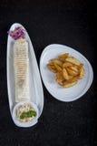 Sanduíche com batatas foto de stock royalty free