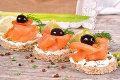 Sanduíche com salmão fumado Foto de Stock