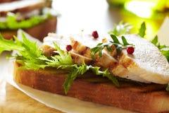 Sanduíche de galinha Imagens de Stock Royalty Free