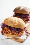 Sanduíche de galinha puxado assado Imagens de Stock Royalty Free