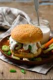 Sanduíche de peru do búfalo com sause do queijo azul Imagens de Stock