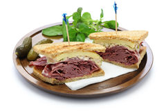 Sanduíche de Reuben, sanduíche do pastrami Imagens de Stock Royalty Free