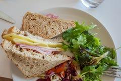 Sanduíche do presunto e do queijo Fotografia de Stock Royalty Free
