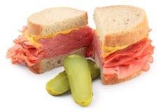 Sanduíche fumado da carne Fotos de Stock Royalty Free