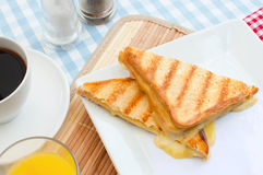 Sanduíche grelhado do queijo imagem de stock royalty free