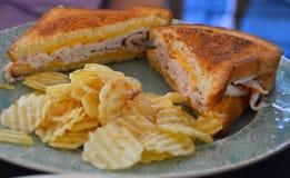 Sanduíche grelhado do queijo com peru Imagens de Stock