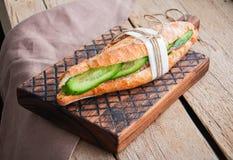 Sanduíche longo do baguette Imagens de Stock