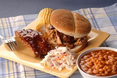 Sanduíche puxado da carne de porco Imagens de Stock