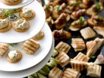 Sanduíche saudável da salada do pão para o café da manhã Imagens de Stock