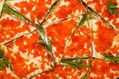 Sanduíches com caviar vermelho Fotografia de Stock Royalty Free