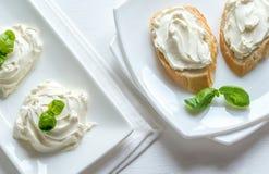 Sanduíches com queijo creme Fotografia de Stock Royalty Free