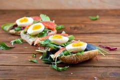 Sanduíches com salmões Fotografia de Stock Royalty Free