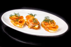 Sanduíches com salmões salgados Foto de Stock Royalty Free