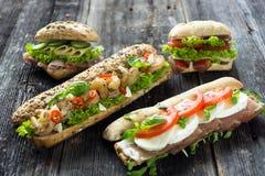 Sanduíches misturados fotos de stock