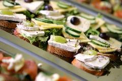 Sanduíches para o pequeno almoço Imagem de Stock Royalty Free