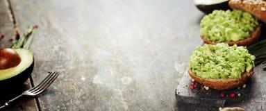 Sanduíches saborosos do abacate Imagem de Stock