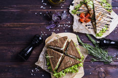 Sanduíches saborosos e frescos Imagem de Stock Royalty Free